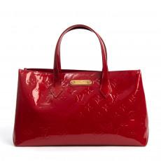 Louis Vuitton Pomme D:Amour Monogram Vernis Wilshire PM Bag  01